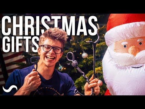 HOW TO FORGE EPIC CHRISTMAS GIFTS!!!