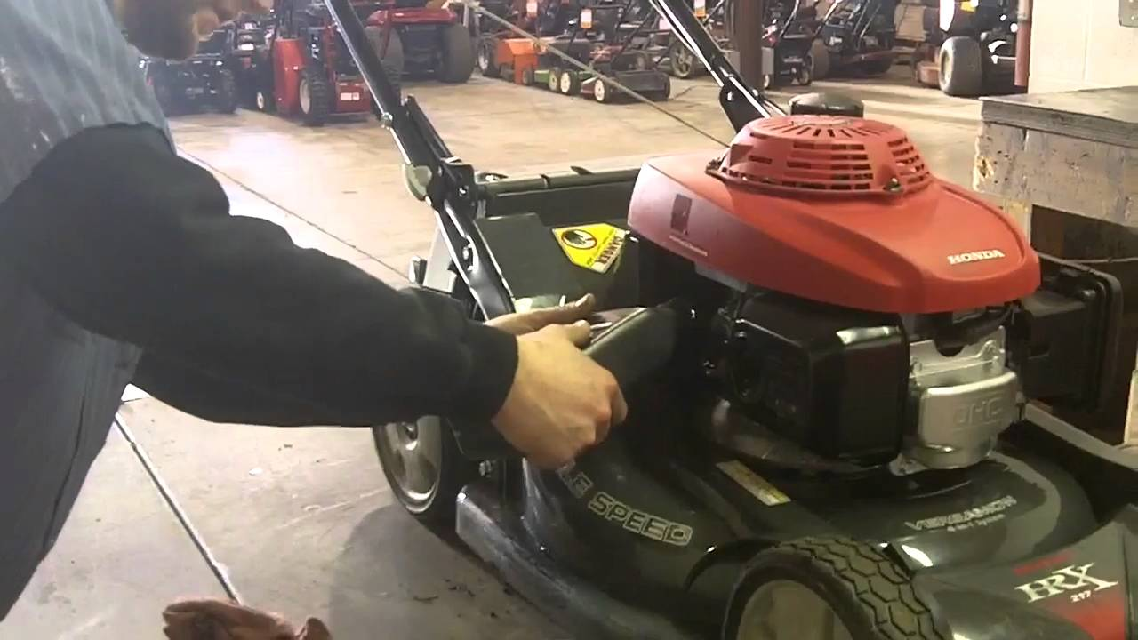 How To Install Oil Into A Lawn Mower Engine Youtube