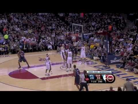 Cleveland Cavaliers & Atlanta Hawks NBA PLAYOFF 2009 GAME 1