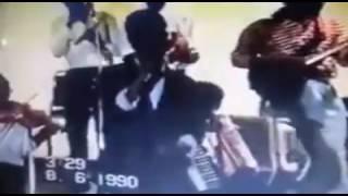 محمود عبد العزيز أبوظبي 1990 📹 - أرجع تعال عود ليّا 🙌 مونتاج الحوت 🐋 #ابقو_الصمود 🙅