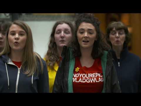 Fflach Drof Blwyddyn Chwedlau Gogledd Orllewin Cymru / Year of Legends Flash Mob North West Wales