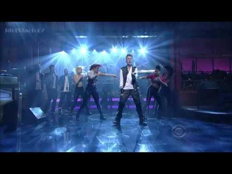 Justin Bieber - Boyfriend (Live on David Letterman)