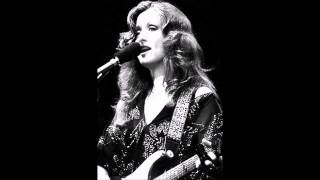 Watch Bonnie Raitt Best Old Friend video