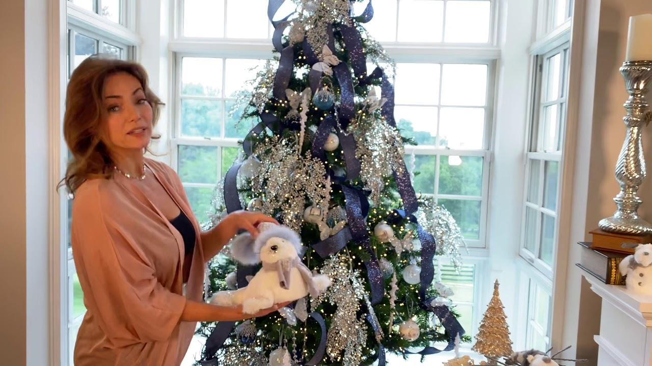 Lisa Robertson Christmas Trees 2021 A Blue And Silver Sparkling Christmas Tree Youtube