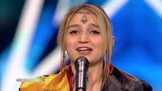 شاهد الجزائرية اسمهان سيمون تغني التراث الأمازيغي  في YouTube