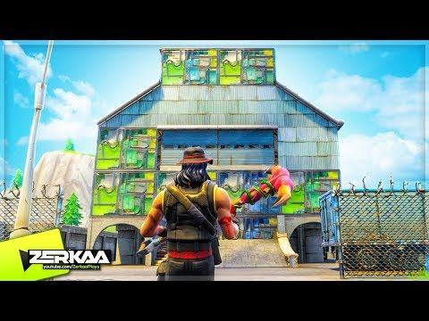 BUILDING THE BIGGEST FORTNITE BASE! (Fortnite Battle Royale) thumbnail