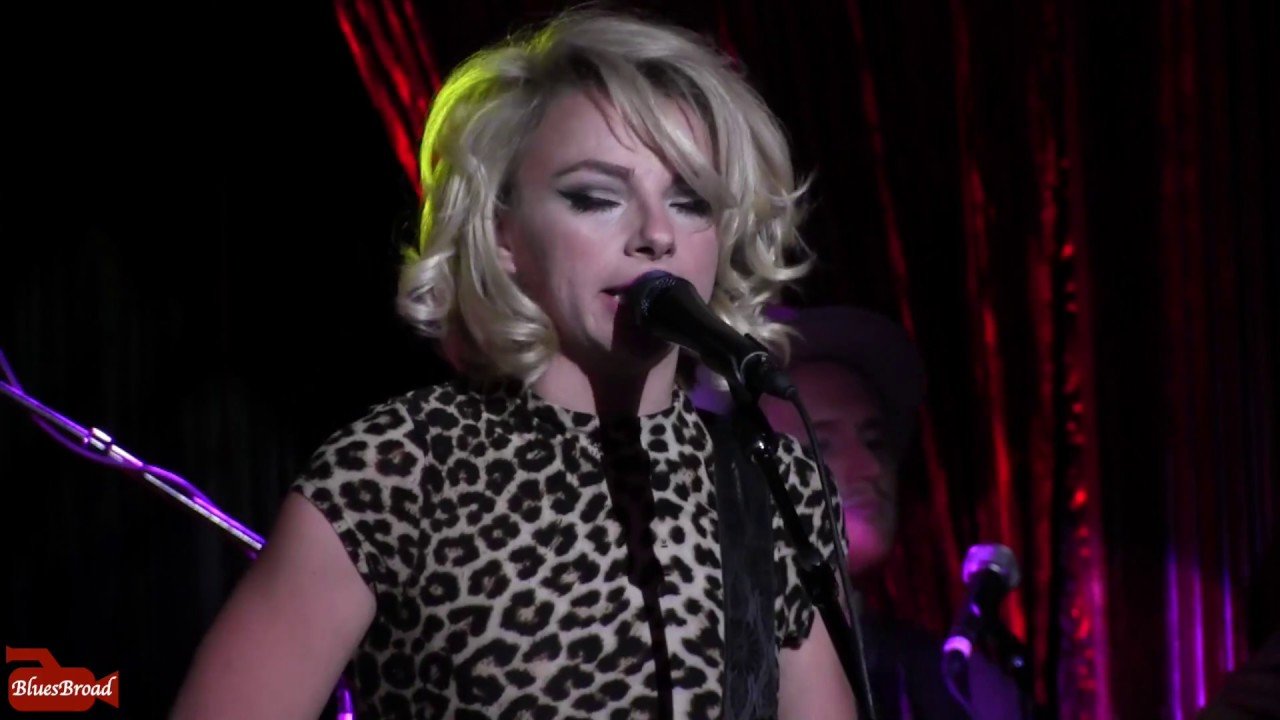 Samantha Fish Chills Amp Fever The Cutting Room Nyc 7 25