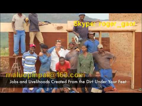 Training how to build house with soil interlocking block in Mexico, Haiti