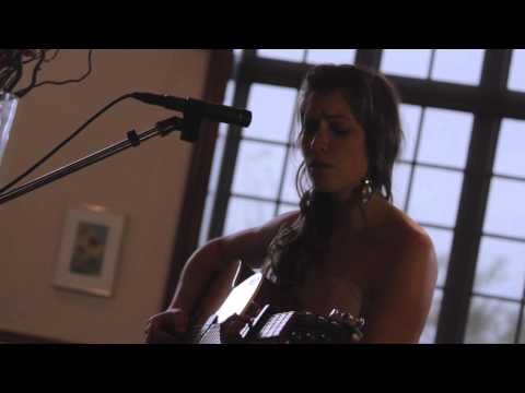 Curs in the Weeds - Horse Feathers (Live performance by Jessica Allossery)
