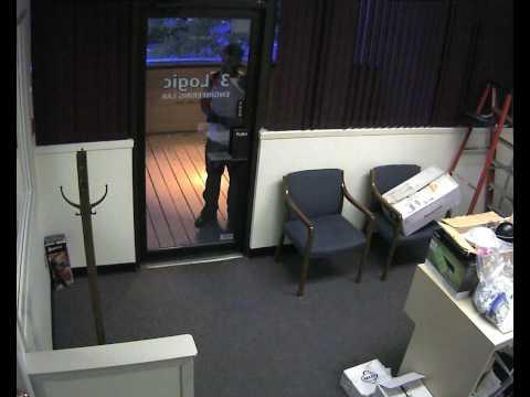 Burglar smashes glass door