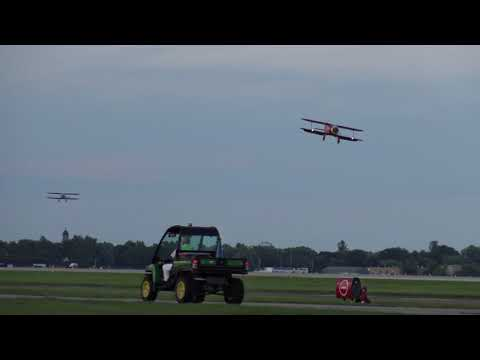 Two Beechcraft Staggerwings Land at EAA Airventure 2017