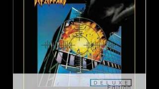 Def Leppard and Brian May - Travellin
