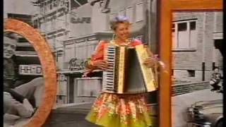 Christa Behnke  (Tanzende Finger )  Melodien für Milionen 15 10 1994