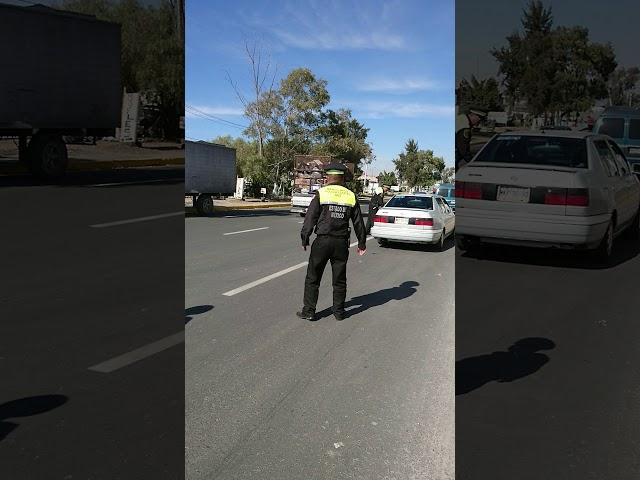 Policías Estatales de Seguridad Pública extorsionando