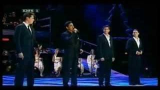 Watch Il Divo Somewhere video