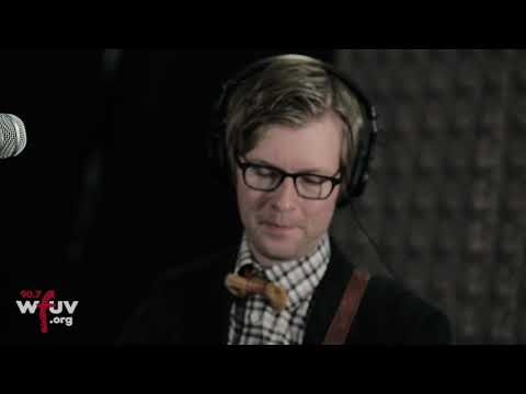 """Public Service Broadcasting - """"They Gave Me A Lamp"""" (Live at WFUV)"""