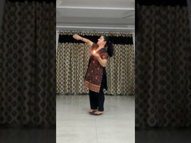 Dance Entry | Nesha Razdan | Noida, India