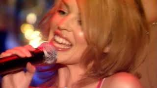 Kylie Minogue & Robbie Williams - Kids (Live Top Of The Pops 20-10-2000)