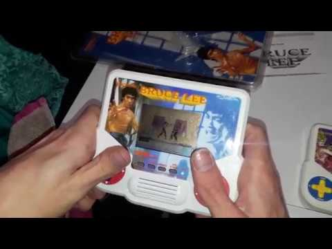 Bruce Lee Tiger Electronics Handheld LCD Game