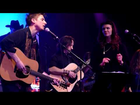 "Arthur Darvill & Ines De Clercq- ""In a Heartbeat"" Live"