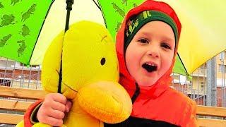 Vlad salva brinquedos da chuva