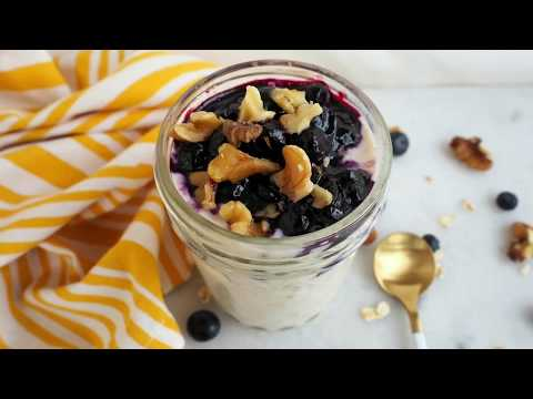 Breakfast Recipe: Blueberry Pie Overnight Oats by Everyday Gourmet with Blakely