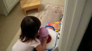 Lauryn's Baby Likes to Go Pee Pee on the Potty