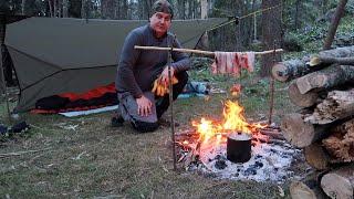 Solo overnight bushcraft camp in an Australian river gorge