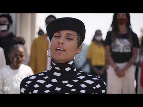 """""""Lift Every Voice and Sing"""" Alicia Keys performance w/ narration by Anthony Mackie"""