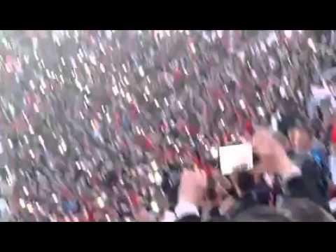 """Tout Les supporters Dans Un Mot """"Palestine Chouhada"""" #UsmaMca Au Stade du 5-Juillet-1962"""