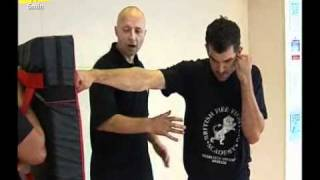 Repeat youtube video Learn how to Throw Punches - Learn Street Fighting