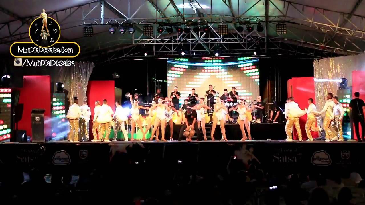 Esencia Latina y La Orquesta Yambú