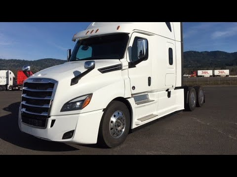 2019 Freightliner Cascadia: Dash board MPG Mileage