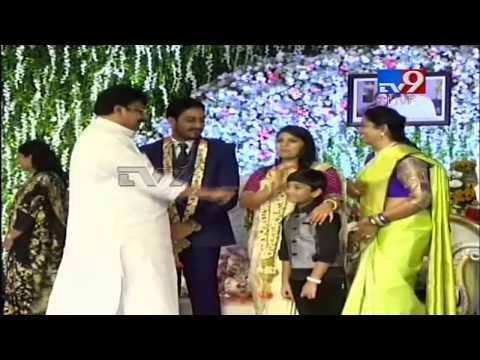 megastar chiranjeevi at Akhila Priya Reception video - cinemapichollu