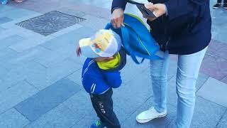 Уличные музыканты в Ялте на набережной 13.5.2018 Видео запрещённое на Украине