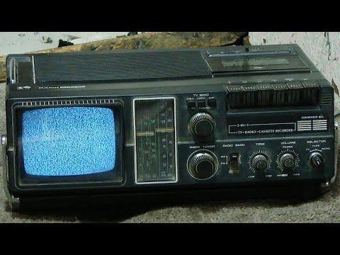 Smash Vintage Rank Arena 3-in-1 TV Radio Cassette Player
