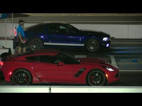 New 2017 Corvette z06 vs Shelby GT500 - 1/4 mile drag race,exhaust sound and top speed