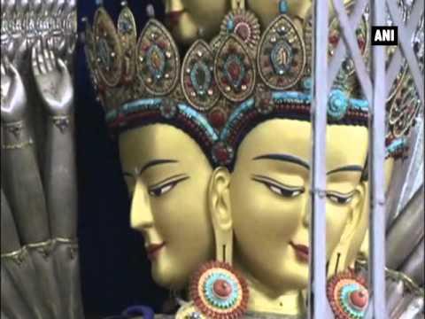 Tibetans-in-exile pray for Dalai Lama's long life