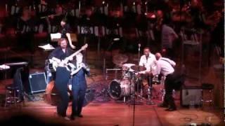 Симфонический Холл в Сан Франциско(Мы ведем съемку снаружи и внутри здания. Даже немного джазового концерта тоже есть в этом видео., 2010-06-04T07:26:00.000Z)