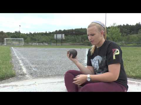 Track and Field / Girls Throwing