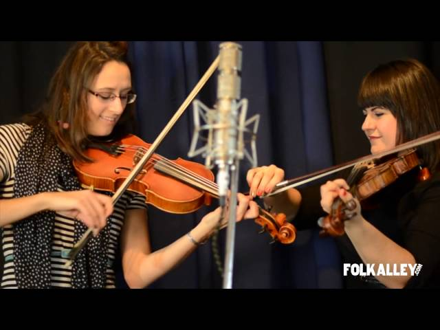 "Folk Alley Sessions: Laura Cortese & the Dance Cards - ""Heel To Toe"""