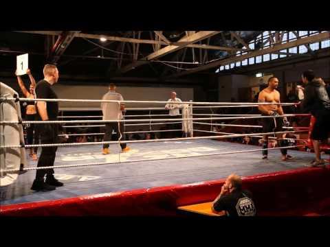 Che Barlow vs Joe Hicks - B Class MMA