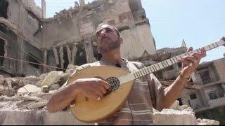 العزف فوق الركام في سوريا.. إرادة الحياة تتحدى الدمار
