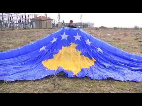 Fluturimi patriotik mbi Prishtinë - 09.02.2018 - Klan Kosova