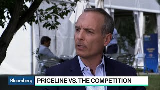 Gambar cover Priceline CEO on Strategy, Airbnb Competition and China