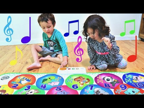 Exploring Toys With Kids, Learning Numbers with Learn and Groove Musical Mat for Babies and Toddlers