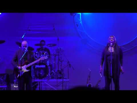 8 aprile 2017 Inside Out &  Durga McBroom al teatro Golden di Palermo