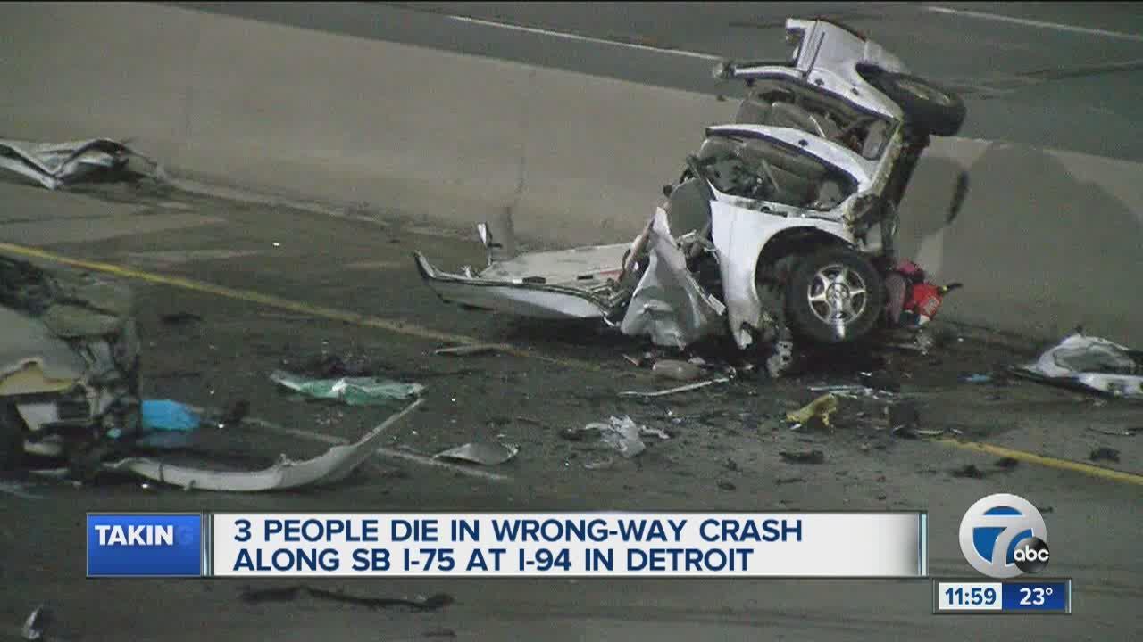 3 people die in wrong-way crash on SB I-75 in Detroit