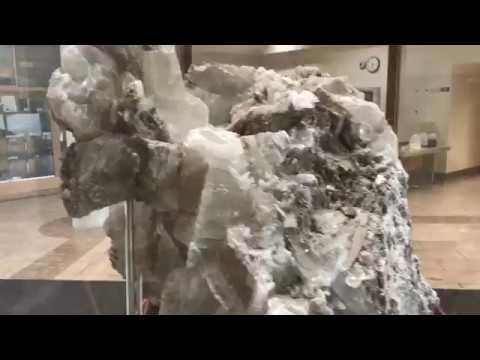 Maps, crystals, and rocks displays at the Kentucky Geological Survey