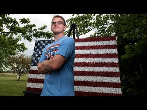 Teen creates U.S. flag with 4,466 toy soldiers